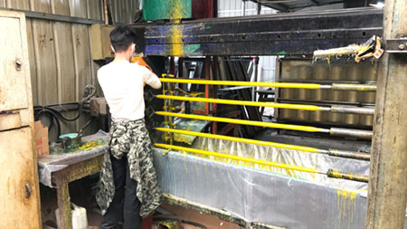 Glass fiber tube winding machine